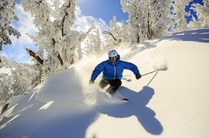 Powder Skiing im Heavenl Ski Resort © Nevada Commission on Tourism